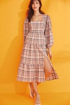 Платье миди с квадратным вырезом