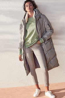 Dlhý prešívaný kabát