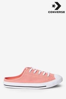 נעלי ספורט עדינות של Converse