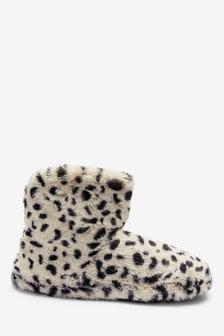 Papuci gheată cu buline