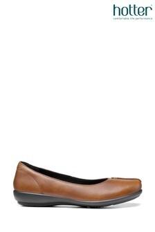 נעלי בלרינה Robynללא רכיסה של Hotter