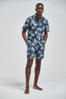 Pijama ligero con estampado floral