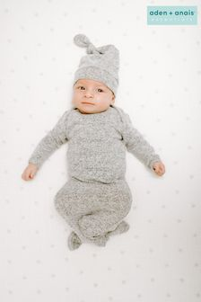 aden + anais Snuggle Knit Knotted Gown And Hat Gift Set
