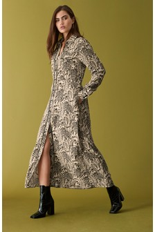 Платье-рубашка со звериным принтом