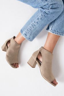 Low Cut Out Shoe Boots