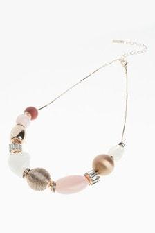 Блестящее ожерелье с бусинами