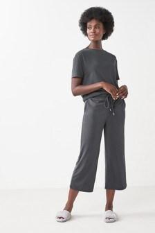 Широкие брюки из смешанного модала