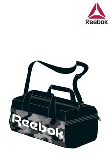Средняя спортивная сумка камуфляжной расцветки Reebok