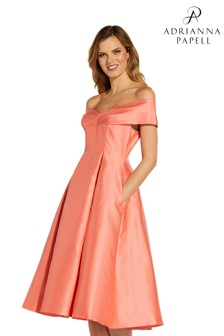 Adrianna Papell Mikado Mittellanges Kleid
