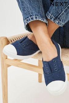 حذاء من قماش الكتان