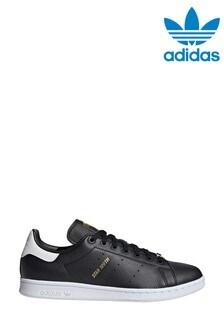 נעלי ספורט מסדרת Originals של adidas, מדגם Stan Smith