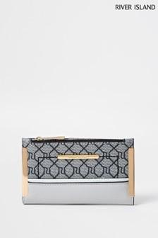 River Island Mini-Tasche mit Umschlag und dunklem Monogramm-Design, Grau