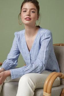 Льняная рубашка с треугольным вырезом