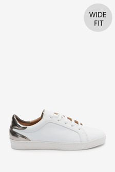 حذاء رياضي جلد من مجموعةSignature