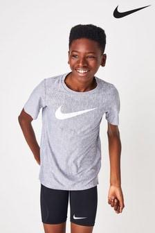 Tričko Nike Dri-FIT s výrazným logom
