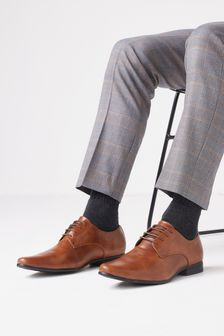 Pantofi model brogue cu perforații