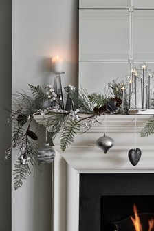 Lit Frosted Garland