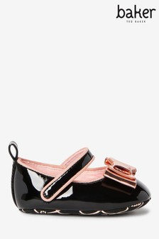 Zapatos estilo merceditas negros deBaker by Ted Baker