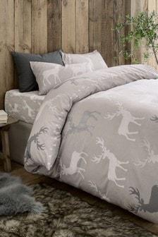 Bettbezug und Kissenbezug aus angerauter Baumwolle mit Geo-Hirschmotiv
