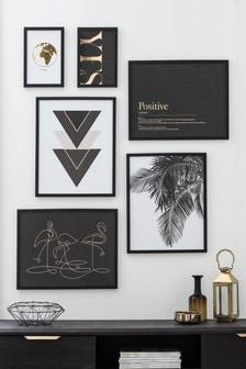 Набор из 6 черно-белых картин в рамках