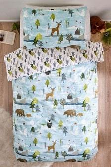 Zestaw matowej pościeli w motywy zimowe: poszwa na kołdrę i poszewki na poduszki