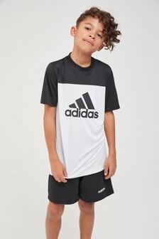 تي شيرت أبيض بشعار من adidas Performance