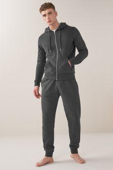 Спортивные брюки с манжетами и толстовка