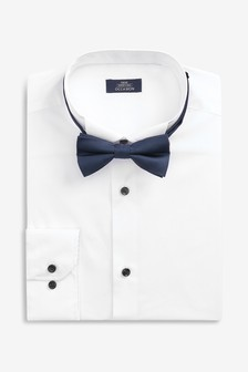 Regular Fit Single Cuff Wing Collar Shirt And Navy Bow Tie Set