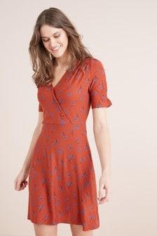 Платье на пуговицах с рисунком