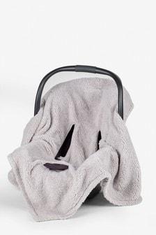 Одеяло для автокресла в горошек