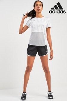 מכנס קצר לריצה של adidas דגם M20