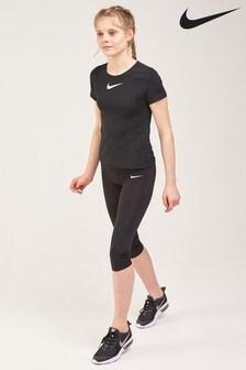 מכנסי קפרי ספורט של Nike Pro
