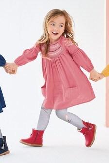 Платье с украшениями (3 мес.-7 лет)