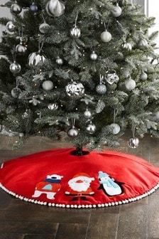 Character Tree Skirt (629501)   $36