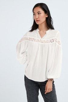 Кружевная блузка с длинными рукавами