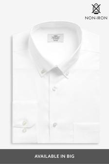 חולצה מכופתרת עם מרקם בגזרה רגילה ללא גיהוץ