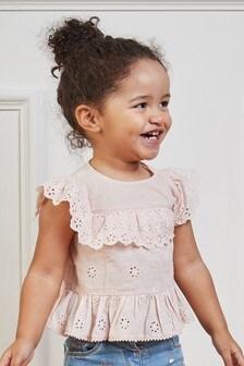 Блузка с оборкой и вышивкой (3 мес.-7 лет)