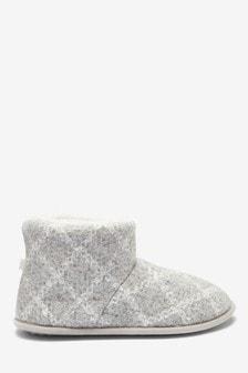 Kárované čižmové papuče