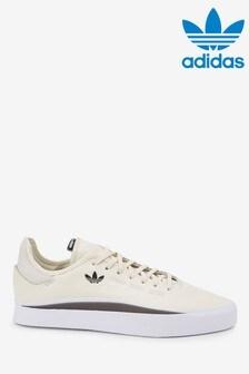 נעליספורטשלadidasOriginals דגםSabalo בצבע שמנת