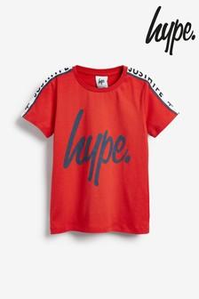 Camiseta con cintas y texto de Hype.