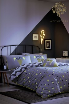 Appletree Hero Glow In The Dark Duvet Cover and Pillowcase Set