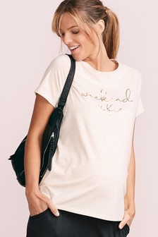 Maternity Weekend Vibes T-Shirt