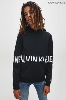 קפוצ'ון עם לוגו גדול שלCalvin Klein Jeans בצבע שחור