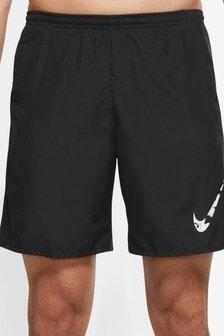 Nike Wild Run Graphic 7 Inch Running Shorts