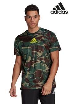 adidas Camo T-Shirt mit Allover-Print