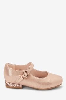 Туфли на каблуке с ремешком (Младшего возраста)