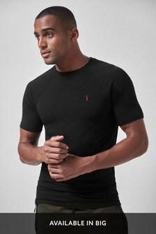 Облегающая футболка
