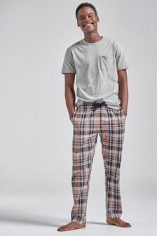 Set pijamale cu țesătură în carouri