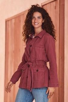 Куртка в стиле милитари с поясом