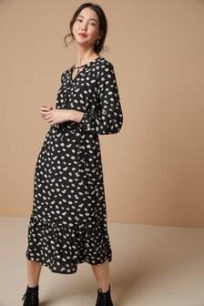 Ярусное платье средней длины